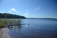Lac Möckeln en Suède photos stock
