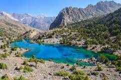 Lac majestueux de montagne dans le Tadjikistan image libre de droits