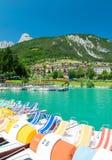 Lac Molveno, élu la plupart de beau lac en Italie Images stock