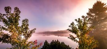 lac, Mont-tremblant, Quebec, Kanada zdjęcia royalty free