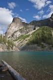 Lac moraine - stationnement national de Banff - Alberta Photos stock