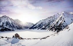 Lac mountain d'hiver Image libre de droits