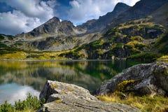 Lac mountain dans le gasienicowa de hala - montagne polonaise Tatra Images stock