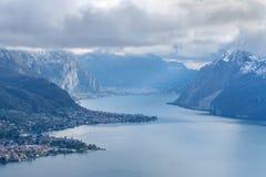 Lac mountain dans les Alpes Photos libres de droits