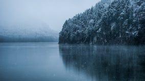 Lac mountain dans les Alpes bavarois photographie stock libre de droits