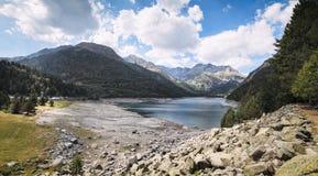 Lac mountain dans les Pyrénées dans les sud des Frances photographie stock libre de droits