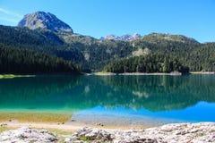 Lac mountains Photos libres de droits