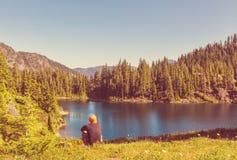 Lac mountains photos stock