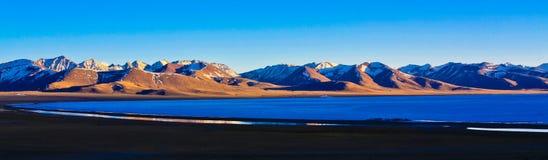 Lac Nam dans le crépuscule Photo libre de droits