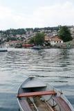 Lac Ohrid et ville, Macédoine Photographie stock libre de droits