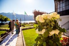 Lac Orta, le 19 juillet 2016 Cérémonie de mariage extérieure à la villa Bossi Images stock