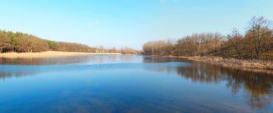 Lac panorama Photos stock