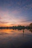 Lac pendant le coucher du soleil Photographie stock