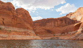 Lac Powell Clouds et crique Photo stock
