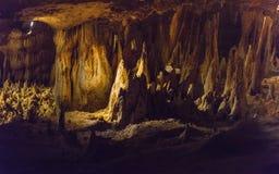 Lac rêveur dans des cavernes de Luray images libres de droits