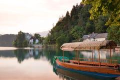 Lac saigné au coucher du soleil Photos libres de droits