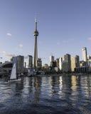 Lac sailboat d'horizon de Toronto Photographie stock
