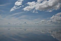 Lac salt Elton et réflexion Images libres de droits