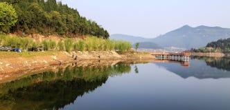Lac Shengzhong dans la province de Sichuan, porcelaine Image libre de droits