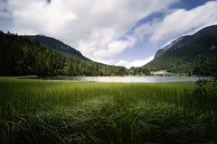 Lac Spitzingsee en Bavière, Allemagne Images stock