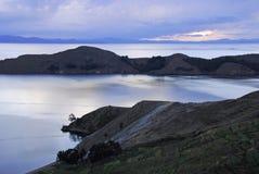 Lac Titicaca comme vu d'Isla del Sol photographie stock libre de droits