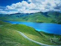 Lac tso de Yamdrok Photo libre de droits