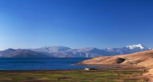 Lac tso Moriri dans Ladakh, Inde images stock