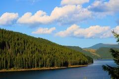 Lac Vidra, Carpathiens Montains, Roumanie Photos libres de droits