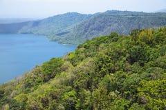 Lac volcanique merveilleux Apoyo de cratère photo stock