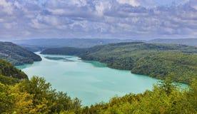 Lac Vouglans - Jura, France images libres de droits