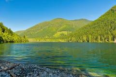 Lac wilderness en île de Vancouver, AVANT JÉSUS CHRIST, Canada Image libre de droits