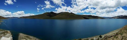 Lac Yamdrok image stock