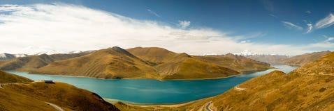 Lac Yamdrok Photographie stock libre de droits