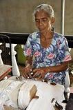 Lacemaker bei der Arbeit in Galle, Sri Lanka Stockbilder