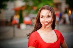 Lachen des jungen Mädchens Lizenzfreie Stockfotografie