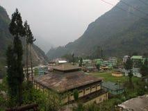 Lachen och Lachung by, Sikkim INDIEN, 14th APRIL 2013: ett s Fotografering för Bildbyråer