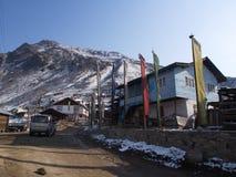 Lachen och Lachung by, Sikkim INDIEN, 14th APRIL 2013: ett s Royaltyfri Bild