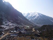 Lachen och Lachung by, Sikkim INDIEN, 14th APRIL 2013: ett s Royaltyfri Foto