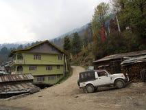 Lachen och Lachung by, Sikkim INDIEN, 14th APRIL 2013: ett s Arkivbilder