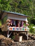 Lachen, SIKKIM, INDIEN, am 12. April 2011: Lokaler Speicher auf dem foo Stockbilder