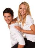 Lachend jong paar dat pret en vreugde heeft. Royalty-vrije Stock Afbeeldingen