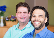 Lachende homosexuelle Männer Stockfoto
