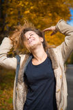 Lachende Jugendlichmädchennahaufnahme Lizenzfreies Stockbild