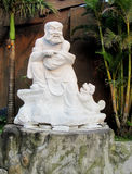 Lachende Marmorstatue des alten Mannes Lizenzfreie Stockbilder