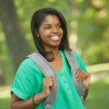 Lachende vrouwelijke student royalty-vrije stock afbeeldingen