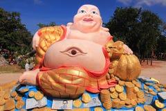 Lachender Buddha im Tempel, Thailand Lizenzfreies Stockfoto