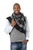 Lachender stilvoller ethnischer Kerl Stockbild