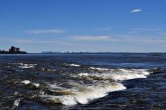 Lachinestroomversnelling en rivier st-Lawrence Royalty-vrije Stock Foto's