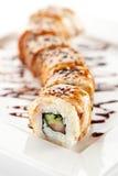 Lachs- und geräucherte Aal Maki Sushi Lizenzfreie Stockbilder