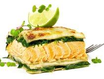 Lachse - Fisch-Lasagne stockfoto